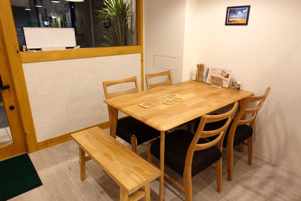 PyonKichiのテーブル席