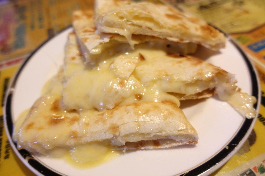 おすすめのチーズナン