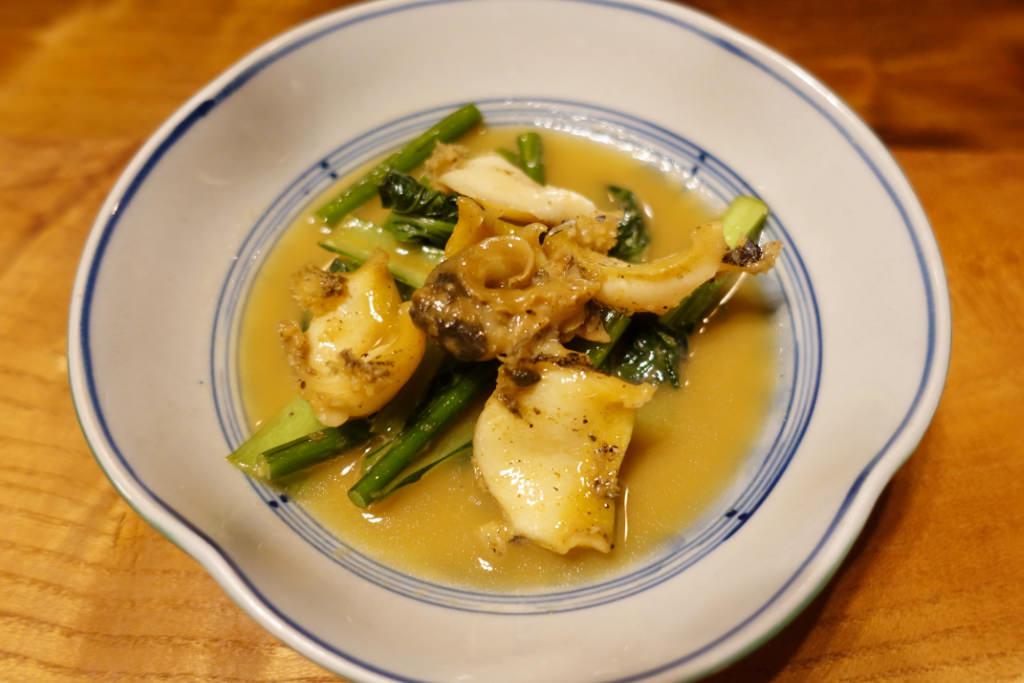 アワビ・ニンニクの芽・ザーサイの炒め物