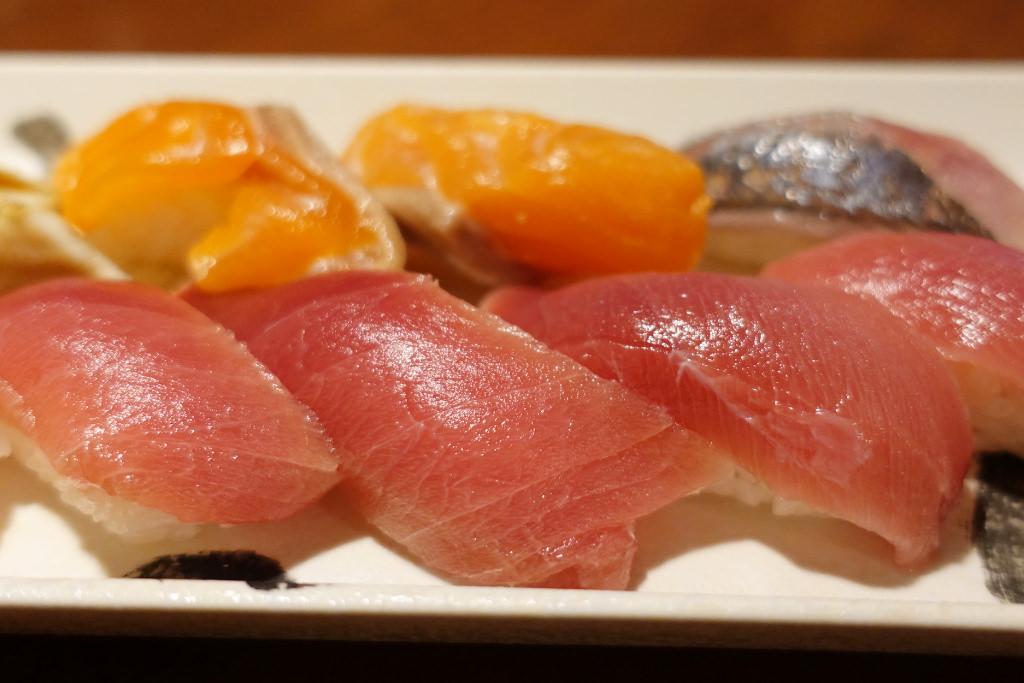 1貫100円寿司