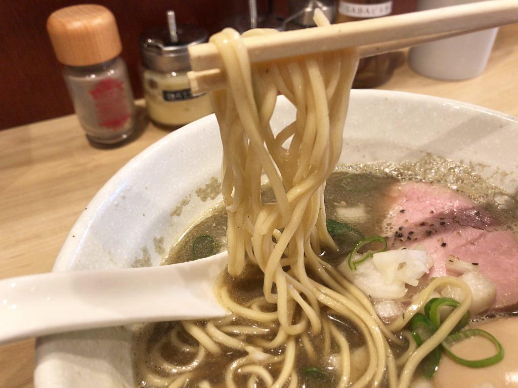 麺屋棣鄂の細麺