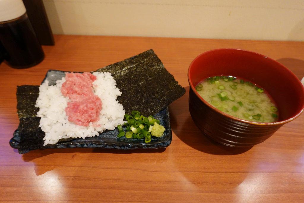 手巻き寿司と味噌汁