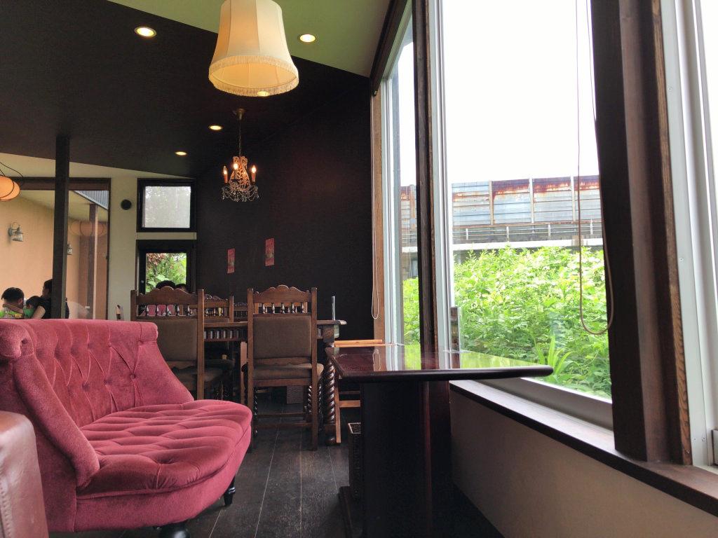 カフェ エスケープの店内