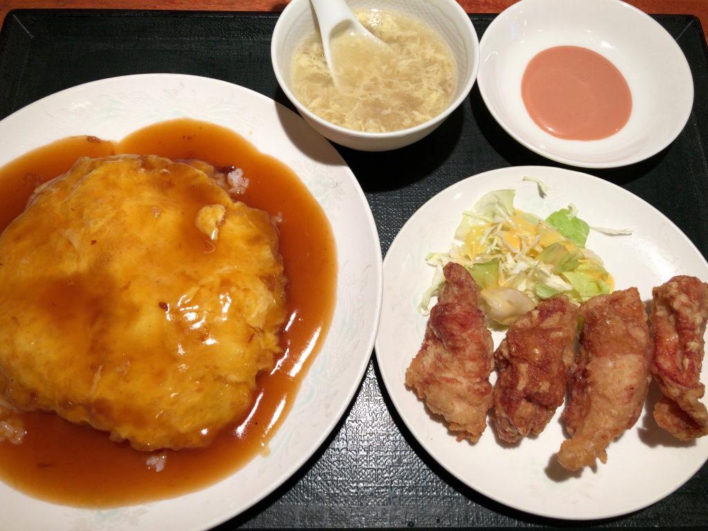 天津飯と唐揚げ