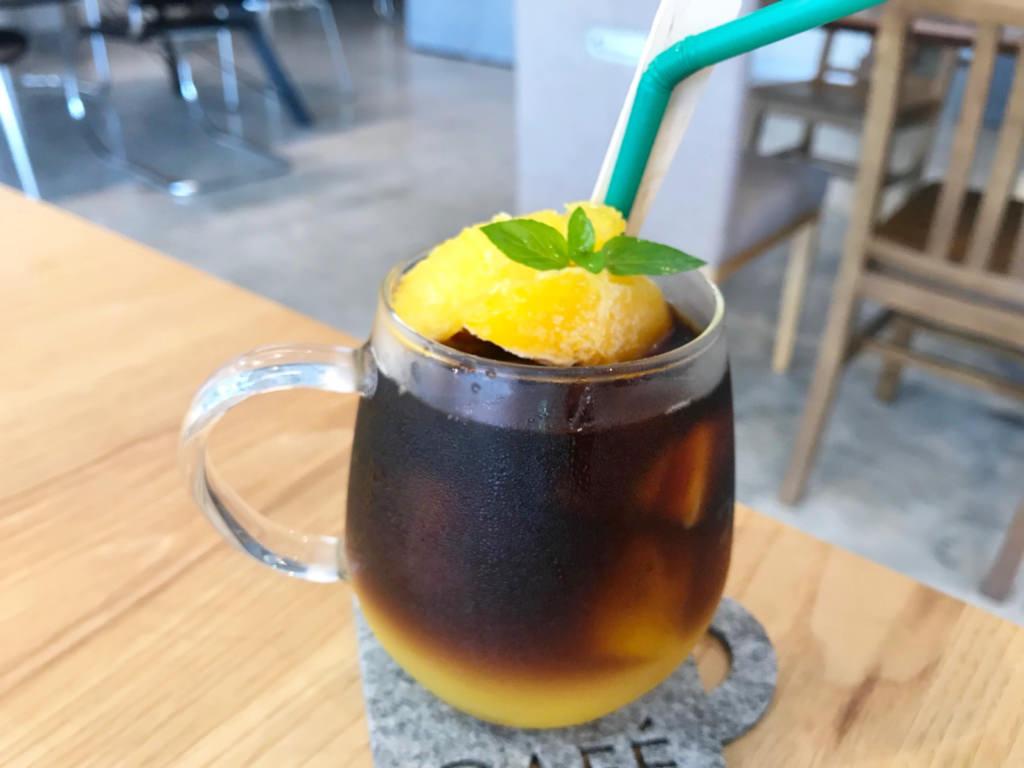 オレンジアイスコーヒー