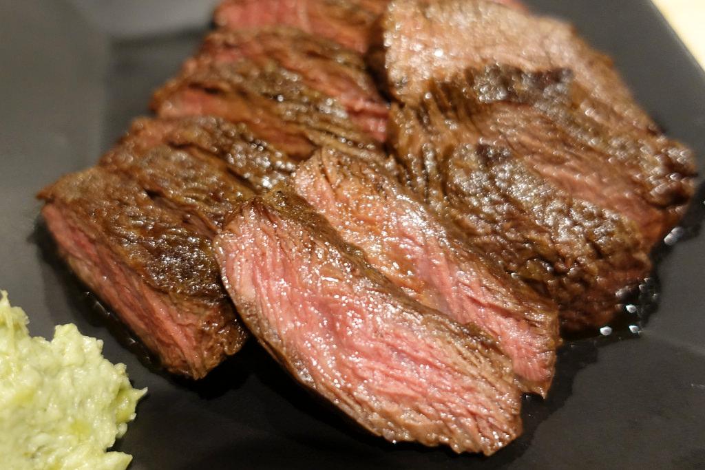 熊本産馬肉のハラミ肉