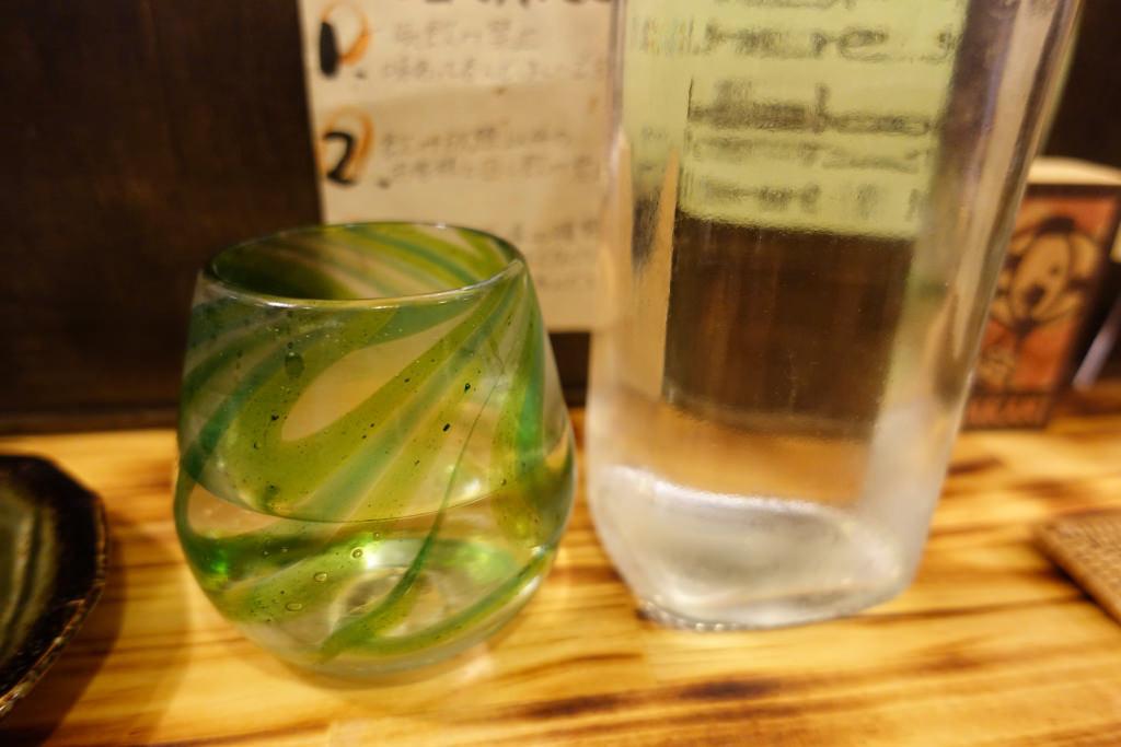 チェイサー用の水