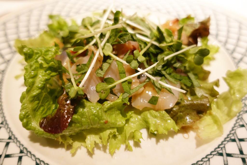 ハナハナ風 魚介類のサラダ