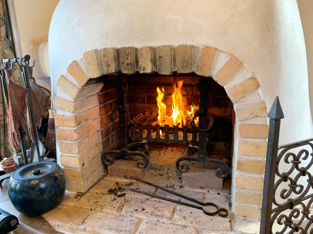 暖炉の様子