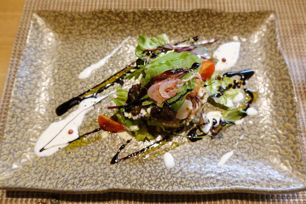 クスクスと魚介のサラダ仕立て