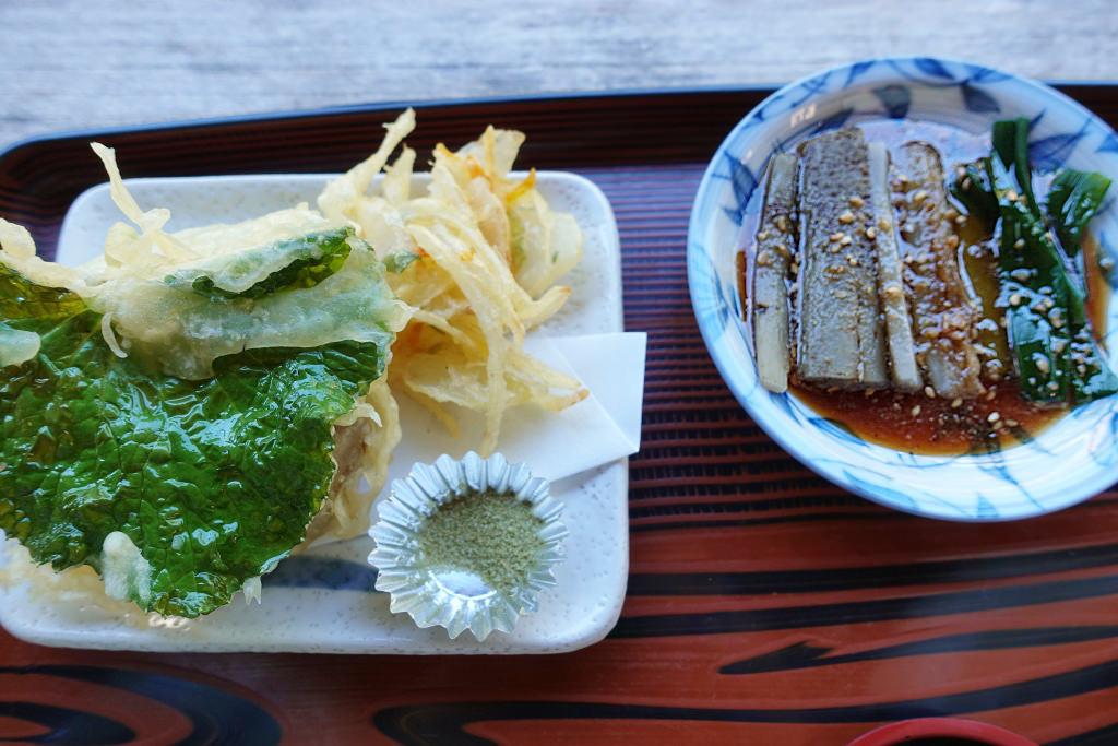 天ぷらとごぼうのたたき