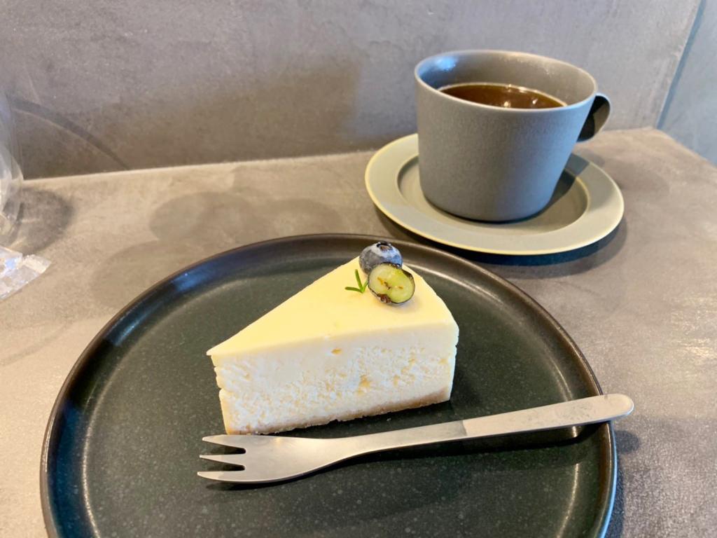 チーズケーキとエチオピアサミー