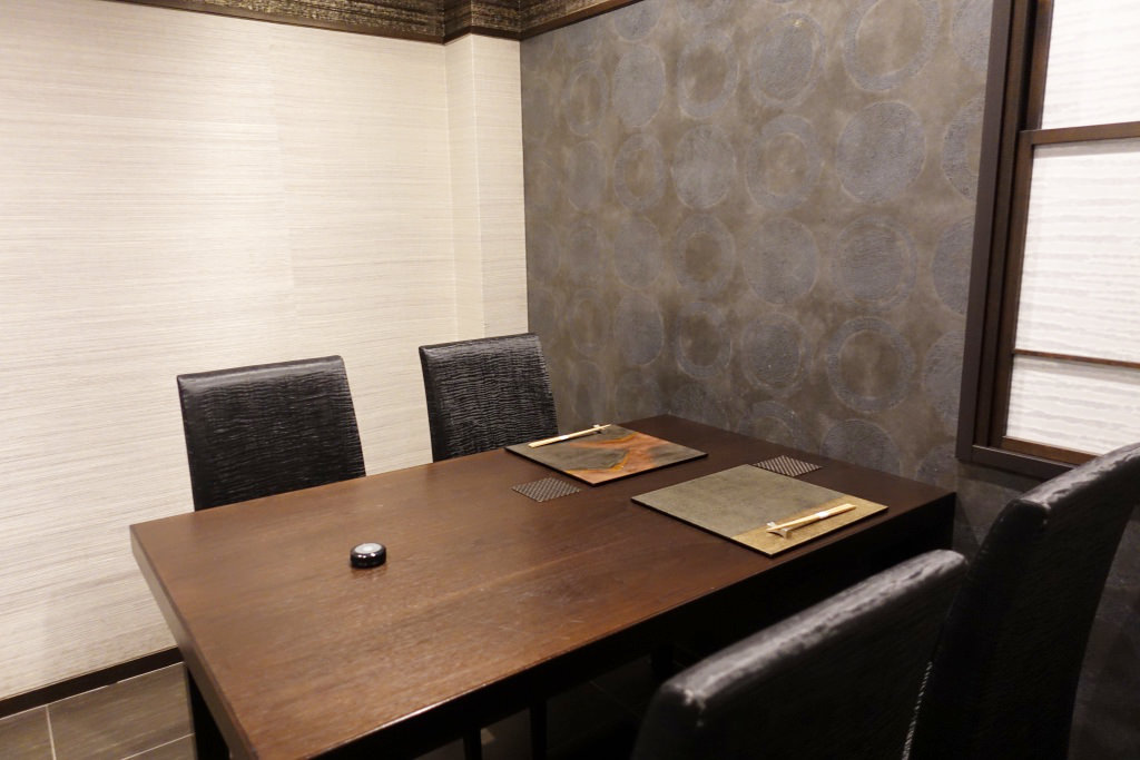 日本料理FUJIの個室