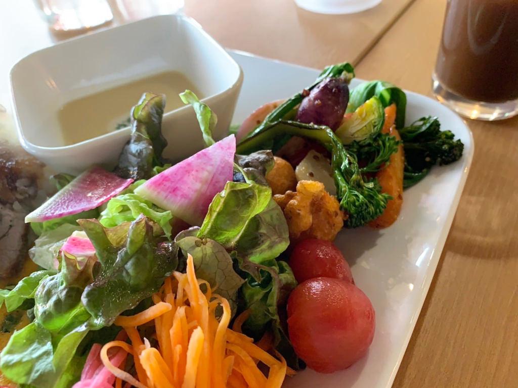 プレートの野菜