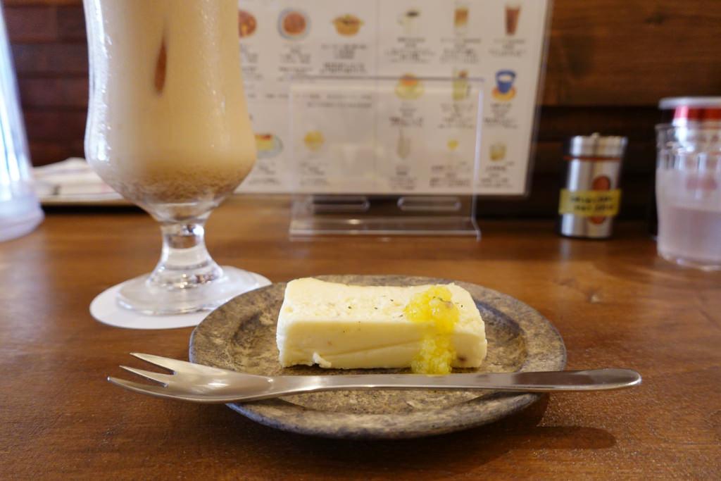 チャイとチーズケーキ