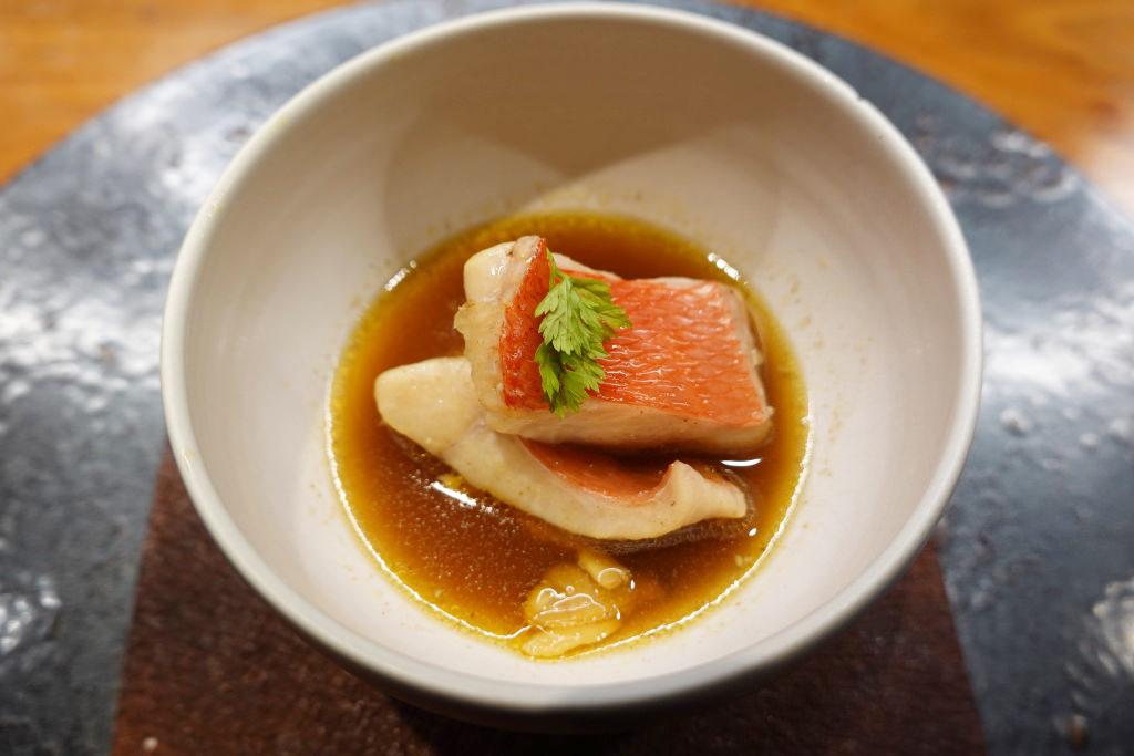 金目鯛とキノコの茶碗蒸し
