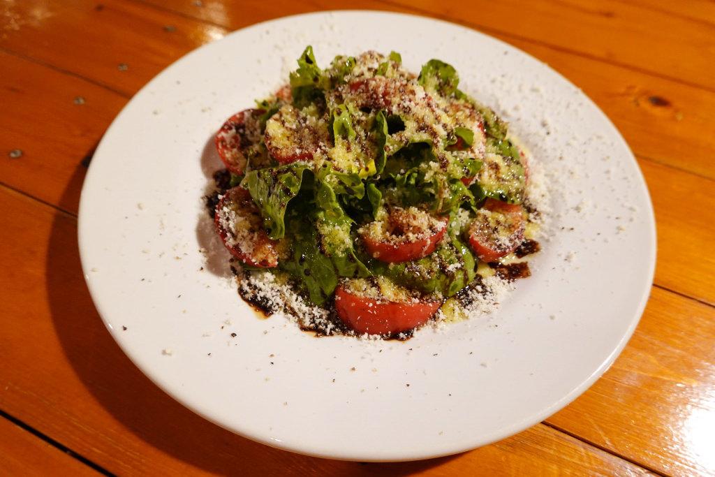アメーラトマトとルッコラのサラダ